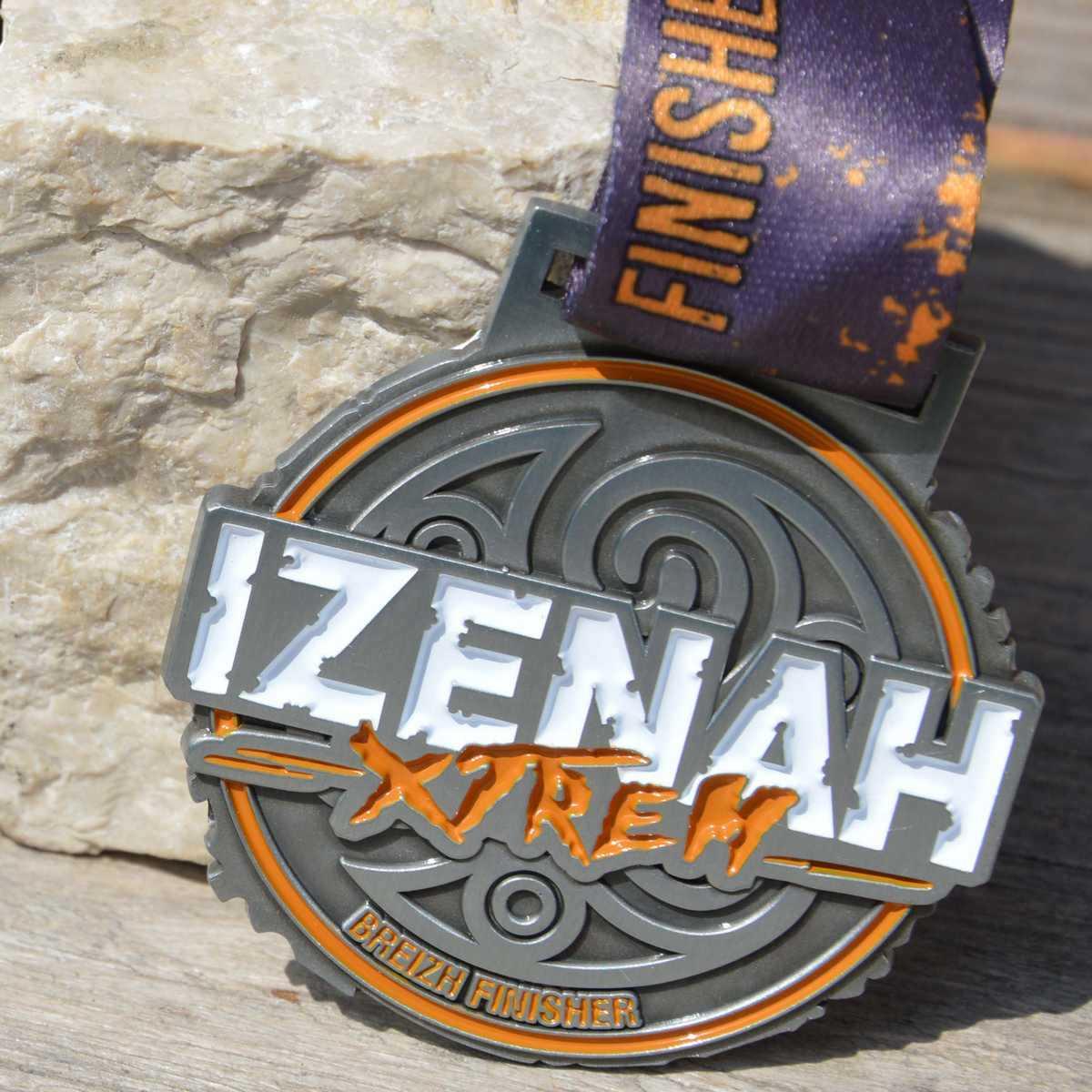 Médaille finisher du IZENAH Xtrem